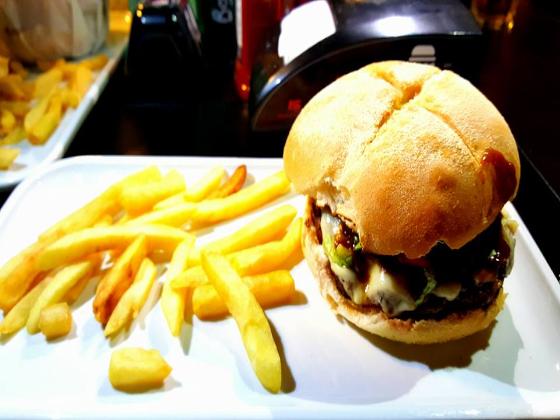 Dixies Burger