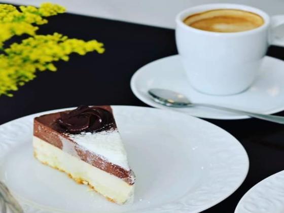 Mademoiselle Cafeteria