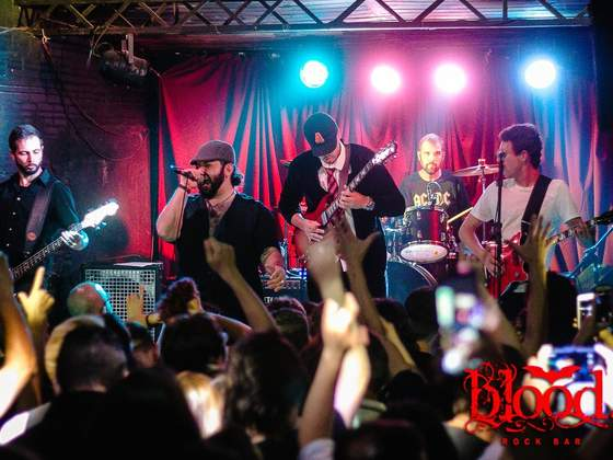 Festa Anos 80 na Blood Rock Bar