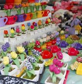 Oficina de artesanato com flores