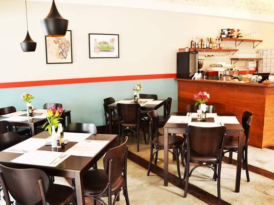 Adele Gastronomia & Café