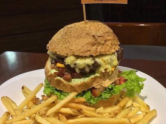 Bull's Burger e Beer