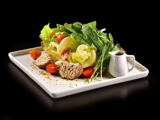 Salada Shanclich, com queijo produzido pelo próprio BaraQuias.