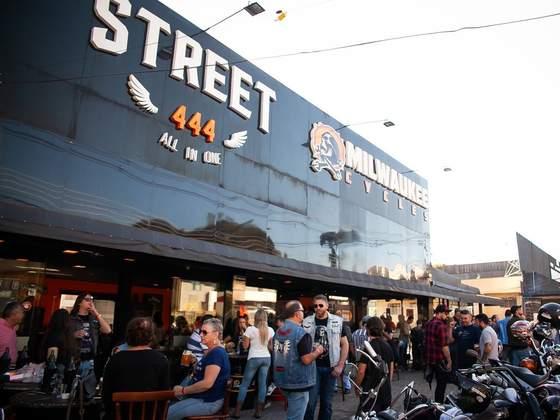 No dia 15 de setembro acontece o maior encontro de custom Harley Davidson  em Curitiba d473ed50514