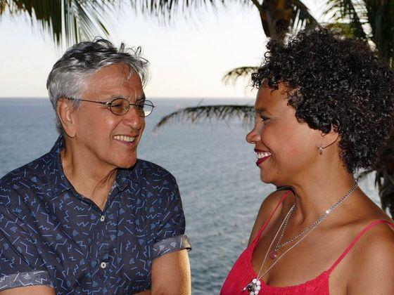 Caetano Veloso apresenta Teresa Cristina