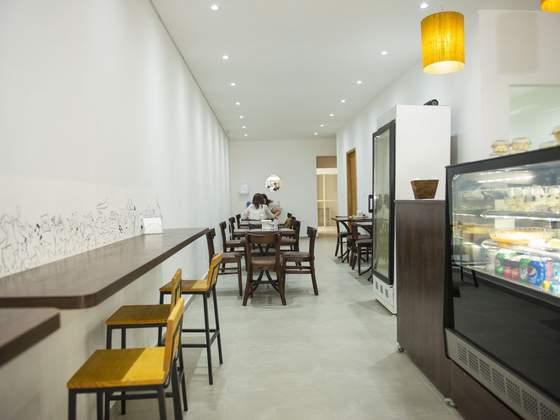 Maneki Café