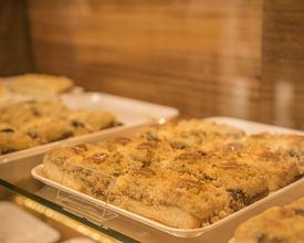 Com inspiração polonesa, cafeteria em São José dos Pinhais tem dez versões de cuca