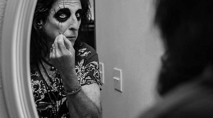 """Alice Cooper: """"As novas bandas são molengas. Lady Gaga é a maior roqueira do momento"""""""