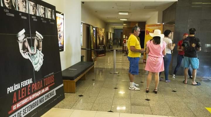 Sem a lotação esperada, filme sobre a Lava Jato estreia bem acolhido pelo público