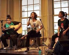 """Show """"Mestiça"""", no Festival de Curitiba, vai mostrar a produção musical feminina"""