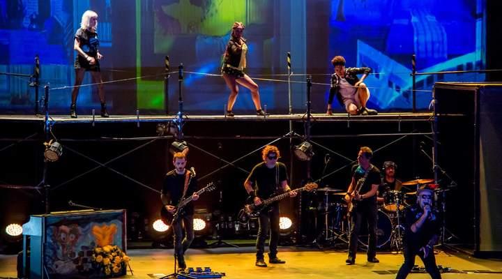 Como foi a primeira apresentação da ópera-rock dos Titãs