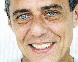 Venda de ingressos para show do Chico Buarque em Curitiba começa hoje