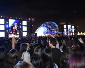 Com sertanejo, funk e eletrônica, Country Festival leva 20 mil pessoas ao ExpoTrade