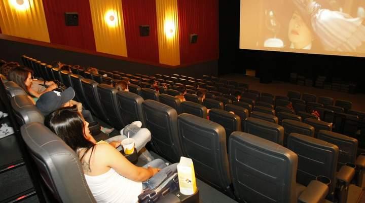 Protesto de caminhoneiros faz cinema de Curitiba cancelar sessões