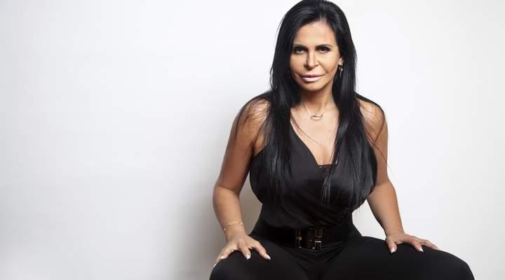 """""""Eu sou a Rainha dos memes, gifs e da internet"""", diz Gretchen que faz show em Curitiba"""