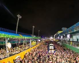 Festas e baladas para curtir no litoral de Santa Catarina durante o feriadão