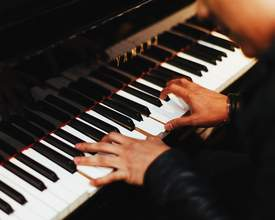 Pianistas de Curitiba vão tocar obra por 24 horas sem parar