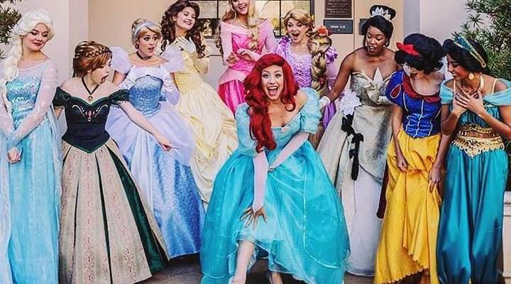 Festa à fantasia temática princesas da Disney é nesta sexta-feira (8)