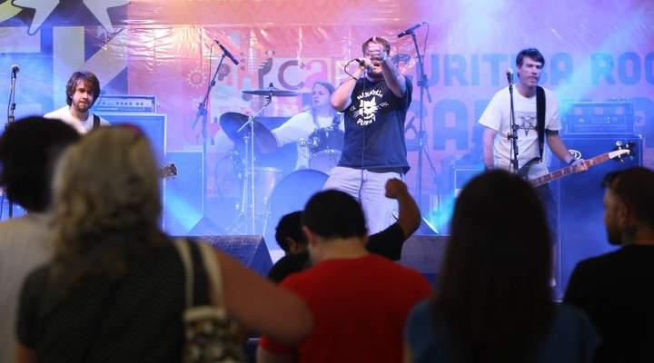 As festas e eventos (dia a dia) que agitam o carnaval de Curitiba