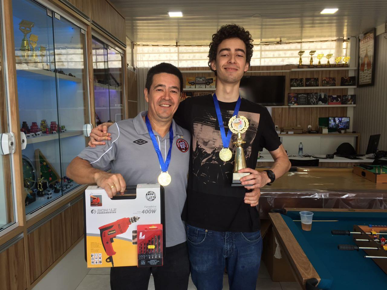 A dupla campeã do torneio foi Victor Esteche e Victor Esteche Filho.