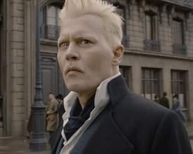 'Ele sente ciúmes de Scamander', diz Johnny Depp sobre Grindelwald