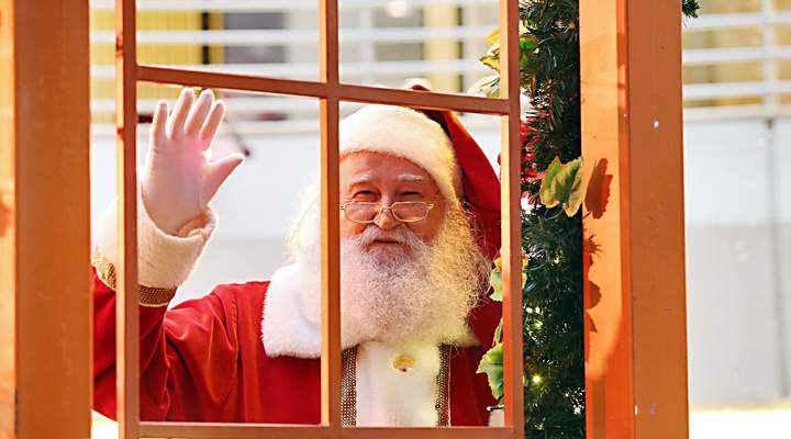 Papai Noel chega aos shoppings de Curitiba