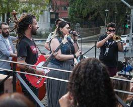 Bares de Curitiba se juntam para encher o sábado de jazz