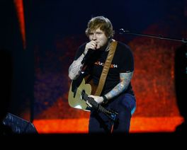Em Curitiba, Ed Sheeran mudou o set list e incluiu música a pedido dos fãs