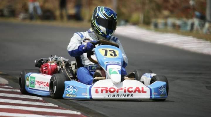 Lugares em Curitiba para você correr de kart