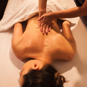 Massagem Gaya Relaxante 1h30 | Gaya Bem-Estar